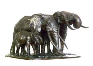 Sculpture en bronze d'une famille d'éléphants d'Afrique