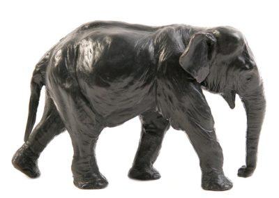 Éléphant indien en marche (ÉPUISÉ)