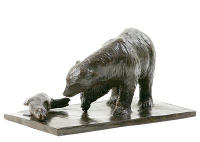 Ours blanc et phoque