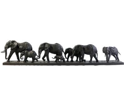 Éléphants d'Afrique en marche (ÉPUISÉ)