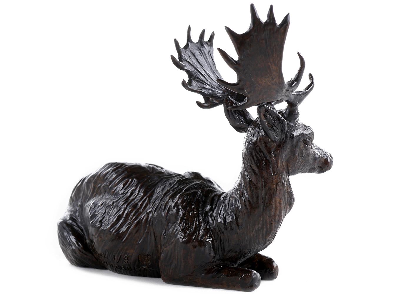 Bronze Colcombet daim mâle couché