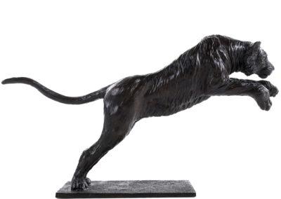 Tigre de Sibérie sautant