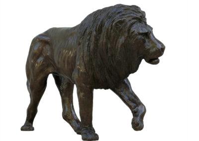 Lion-marchant-bronze-vue-01